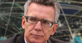 Thomas De Maizière kritisiert die Netz-User; Rechte: dpa/Picture Alliance