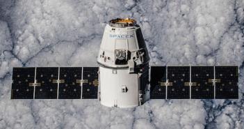 SpaceX schick Satelliten ins All und will die Erde mit Internet versorgen; Rechte: SpaceX