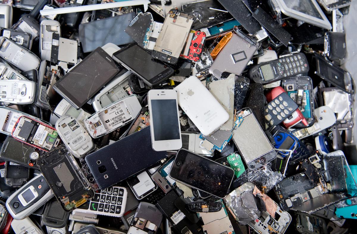 Переработка мобильных телефонов