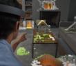 Mit der Hololens-Brille schweben die Gegenstände im Raum