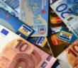 Bargeld und Karten