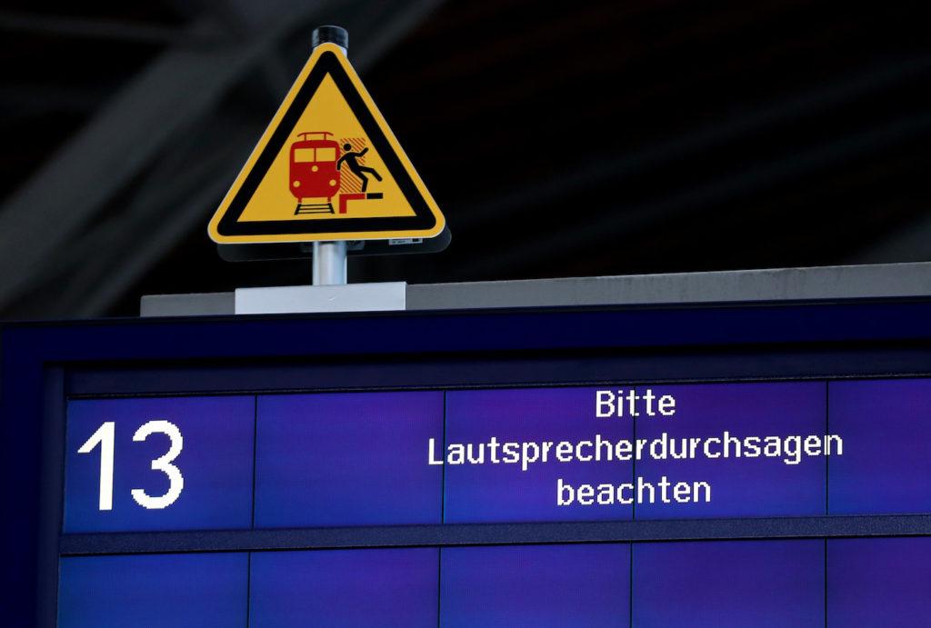 Cyber-Attacken erreichen auch Deutsche Bahn; Rechte: dpa/Picture Alliance