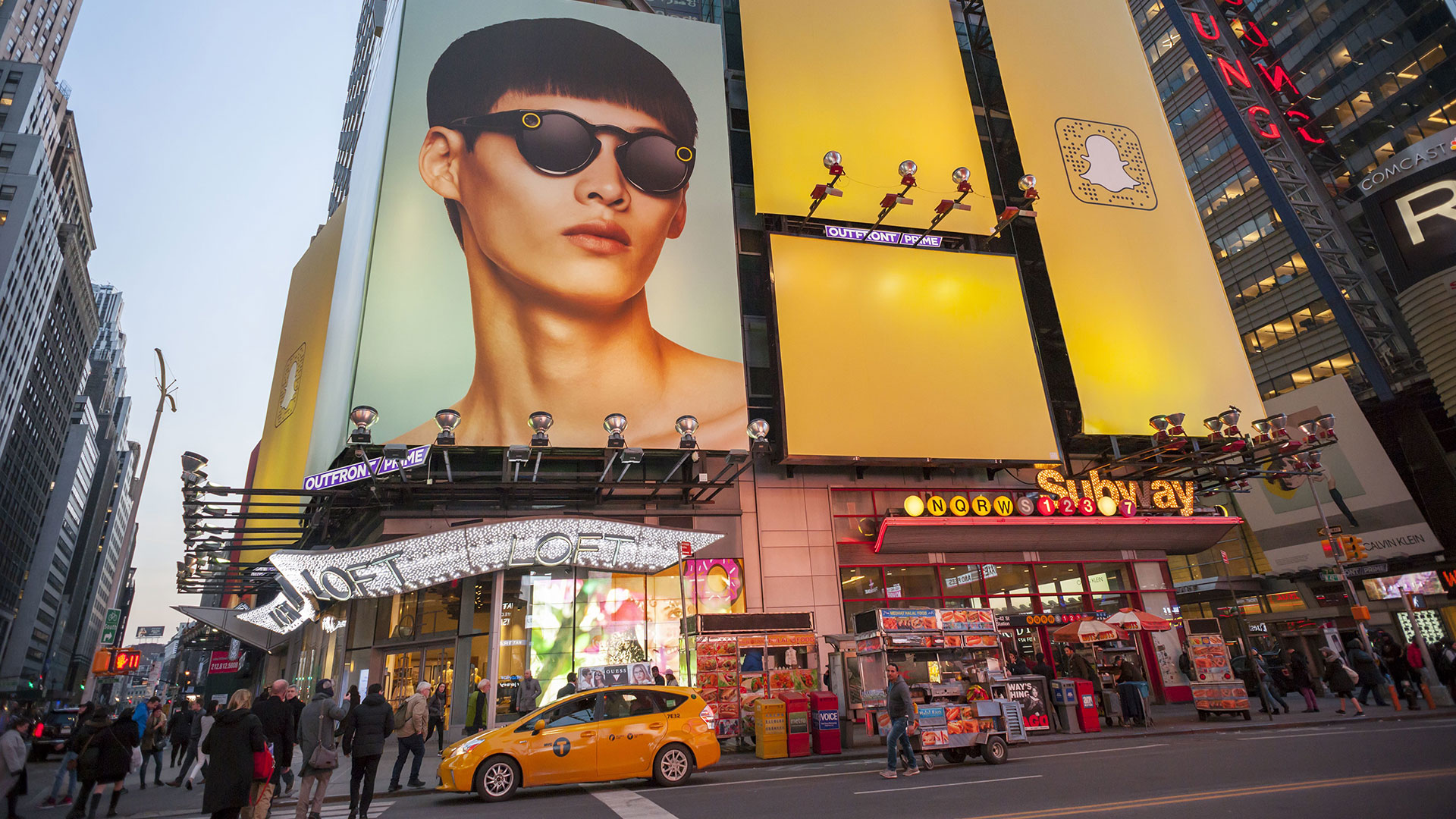 Spectacles-Werbung am Times Square