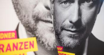FDP-Frontmann Christian Lindner auf einem Wahlplakat; Rechte; dpa/Picture Alliance