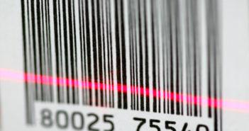 Barcode: Scanner-Kassen können den Code lesen und Computer ihn verarbeiten; Rechte: dpa/Picture Alliance