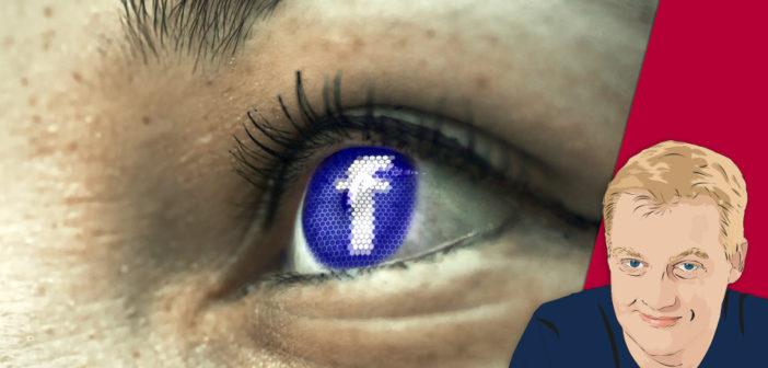 Facebook Logo spiegelt sich im Auge; Recht: Pixabay/WDR