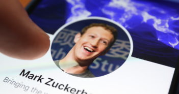 Mark Zuckerberg in seinem Netzwerk; Rechte: WDR/Schieb