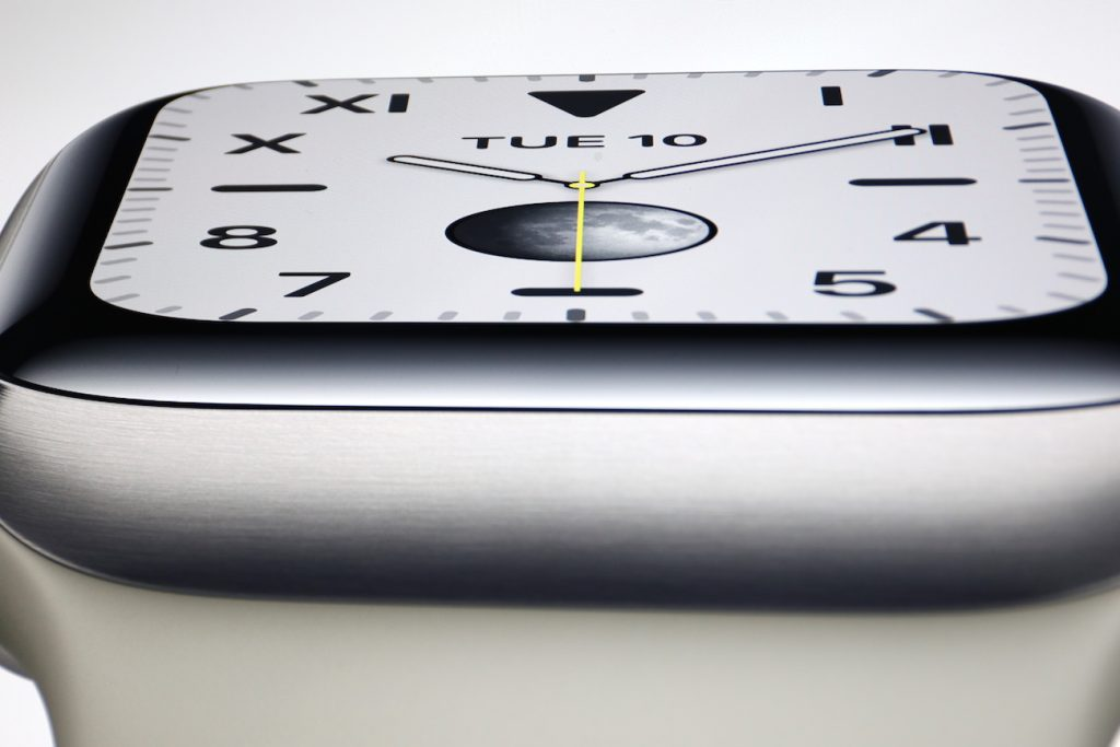 Apple Watch Series 5 mit Dauer-Display; Rechte: Apple/WDR/Schieb