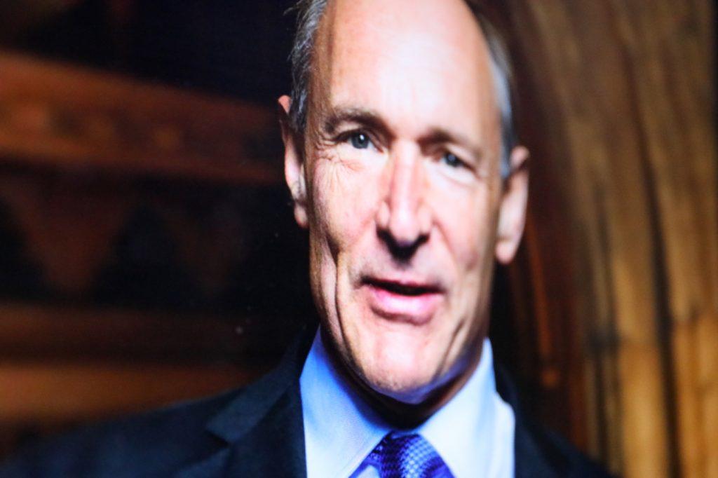 Tim Berners-Lee würde sich ein anderes Internet wünschen; Rechte: WDR/Schieb