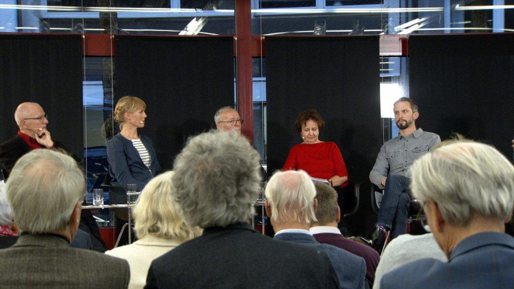 Kompetentes Panel diskutiert die wichtige Frage; Rechte: WDR/Schieb