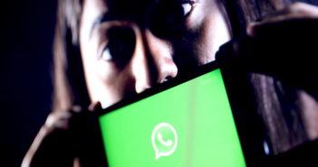 WhatsApp ist auf über fünf Milliarden Android-Smartphones installiert; Rechte: WDR/Schieb