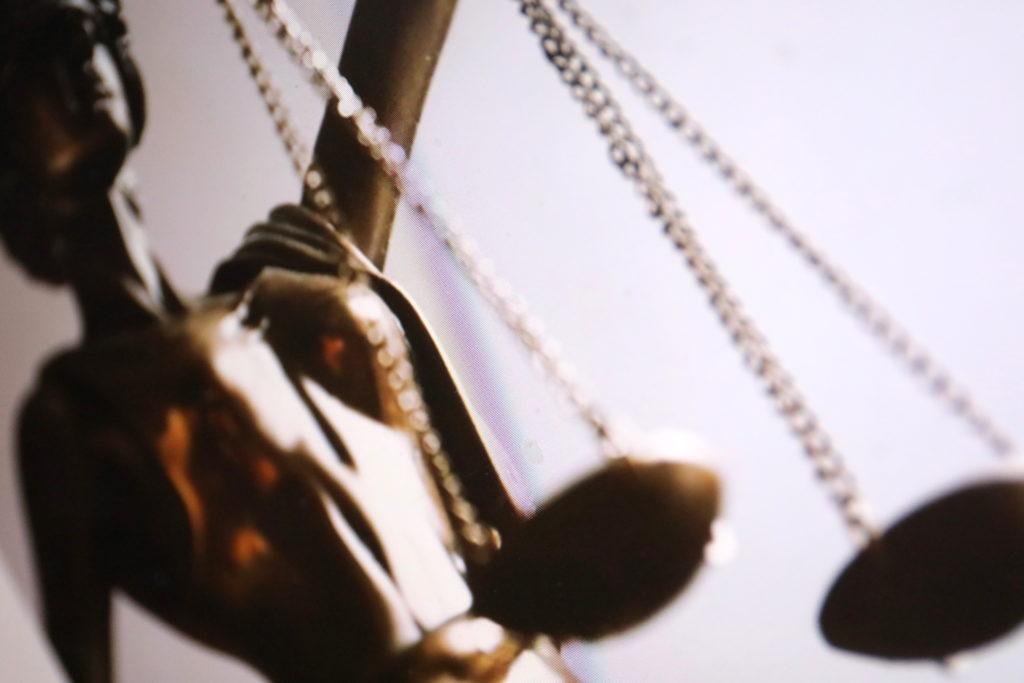 Auch die Androhung von Gewalt soll künftig unter Strafe stehen; Rechte: WDR/Schieb