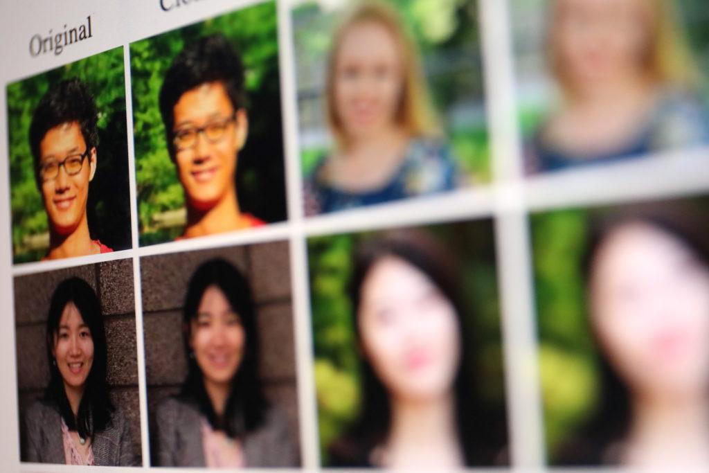 Kleinste Veränderungen am Gesicht täuschen die KI-Algorithmen; Rechte: WDR/Schieb