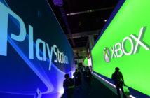 Auf der Gamescom stehen sich die Stände von Playstation und Xbox gegenüber. Bild: picture alliance / dpa