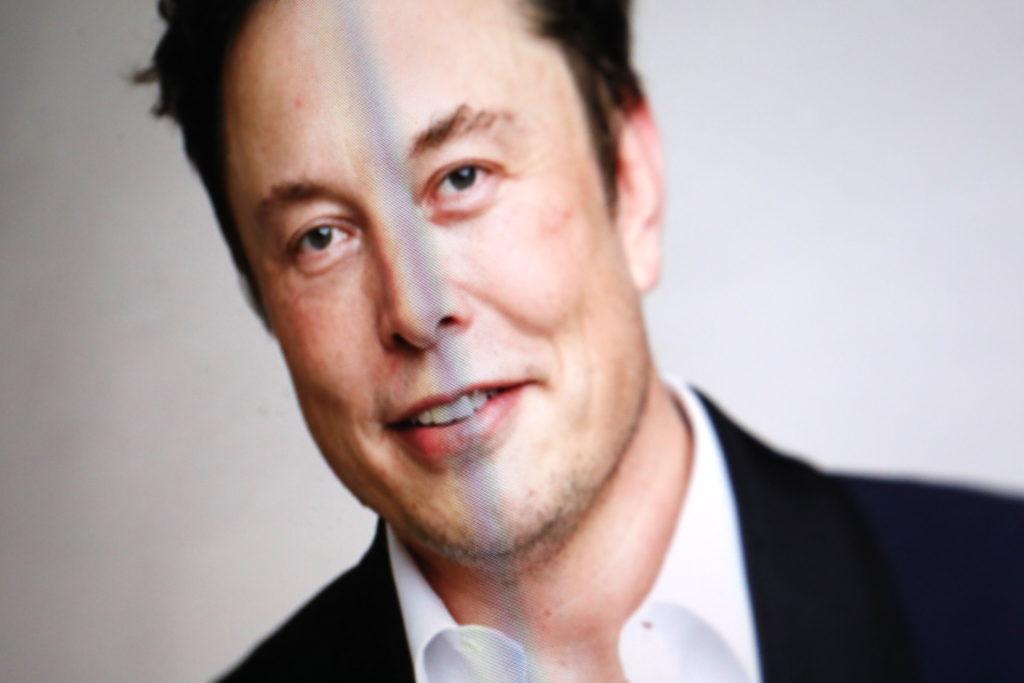 Elon Musk ist bekannt dafür, mit viel Energie und Risikobereitschaft Projekte voranzutreiben; Rechte: WDR/Schieb