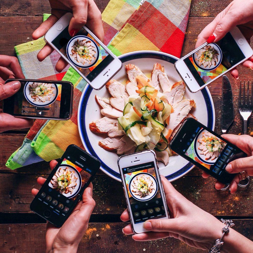 Instagram hat Foodporn hoffähig gemacht: Essen fotografieren - und mit Freunden teilen; Rechte: WDR/Schieb