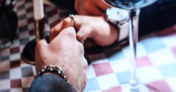 Flirten und Daten: Das können User jetzt auch über Facebook; Rechte: WDR/Schieb