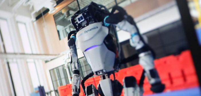 Tanzende Roboter: Derzeit der Hit im Netz; Rechte: WDR/Schieb