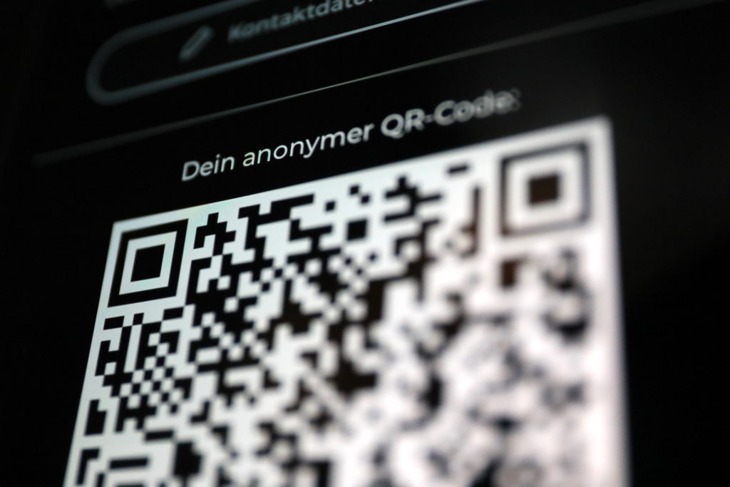 QR Code statt Bluetooth: Alle im Cluster registrieren sich über den QR Code; Rechte: WDR/Schieb