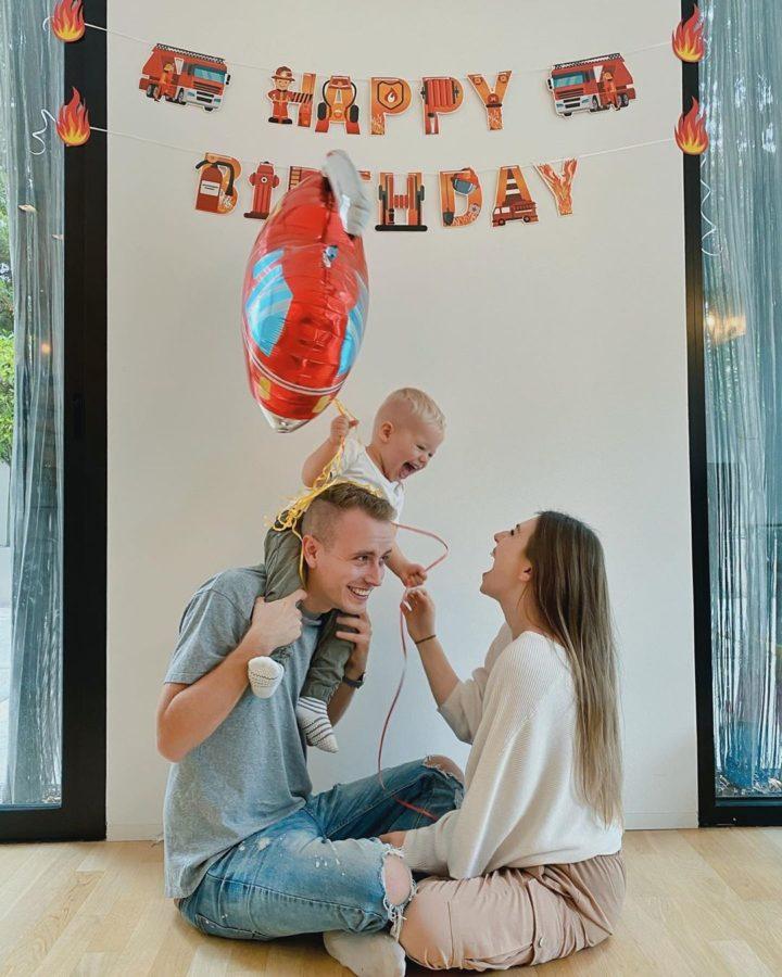 Binbi, ihr Ehemann Julienco feiern den Geburtstag ihres Kindes