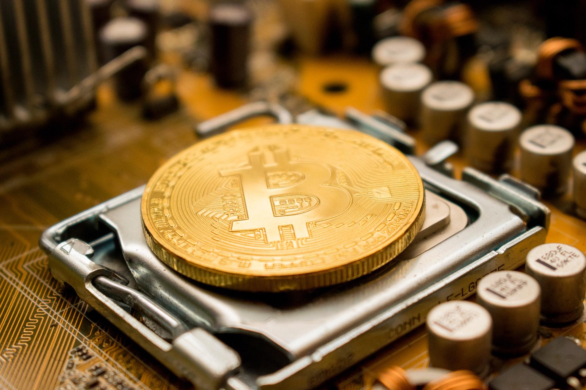 Bitcoin: Kryptowährung prallt vorerst von 50000-Dollar-Marke ab