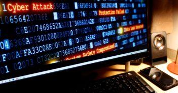 Wer sich vor Angriffen und Identitätsdiebstahl absichern will, sollte seine Online-Konten gut absichern; Rechte: WDR/Schieb