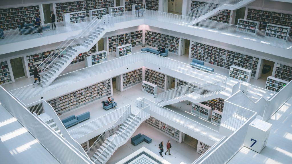 Die moderne Bibliothek: Auch E-Books verleihen; Rechte. WDR/Schieb