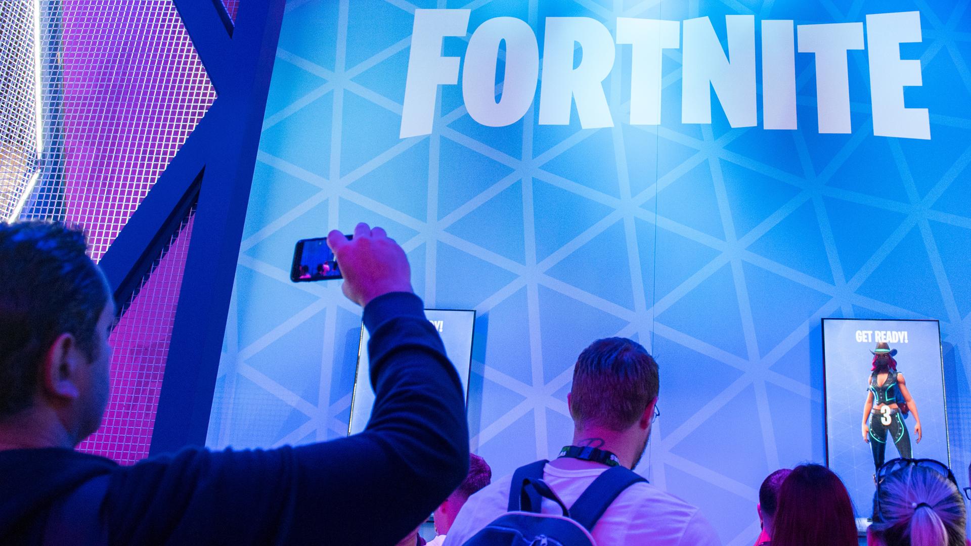 Fortnite-Stand auf der Gamescom. Bild: picture alliance / dpa Themendienst | Andrea Warnecke