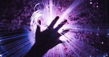 Davon können die meisten nur träumen: Glasfaser-Anschluss, Rechte: WDR/Schieb