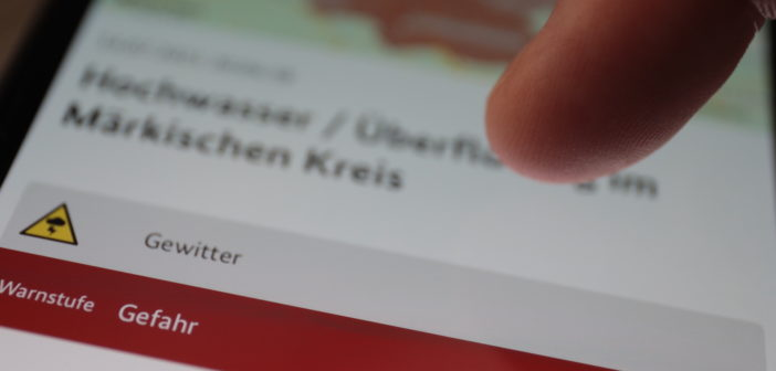 NINA warnt vor drohenden Gefahren; Rechte: WDR/Schieb