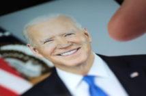 Joe Biden droht Russland und China; Rechte: WDR/Schieb