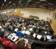 Studierende in einem Hörsaal (Foto: dpa)