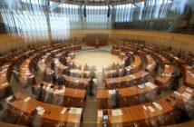 NRW Landtag verwackelt (Foto: dpa)