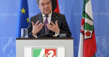 Armin Laschet bei der Erklräung der Corona-Maßnahmen (Foto: imago)