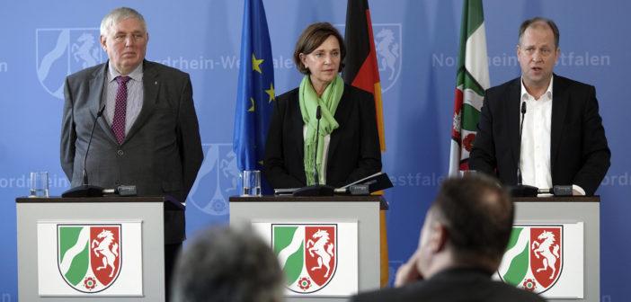 Presse-Briefing der Landesregierung NRW (Foto: Imago)