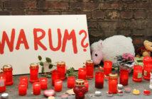 Kerzen am Ort der Loveparade-Katastrophe, Rechte: